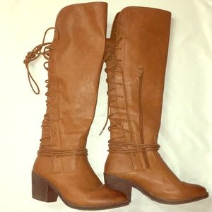 Rue 21 boots brown heels laceup size 7 brown shoes